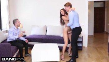 Thick and curvy Latina Amateur fucks German